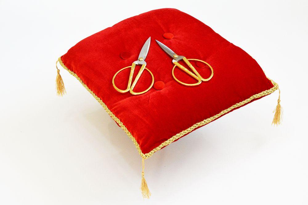 Церемониальная подушечка